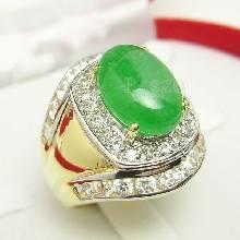 แหวนหยกผู้ชาย แหวนทองผู้ชาย แหวนทอง90 ฝังหยกแท้ ล้อมเพชร