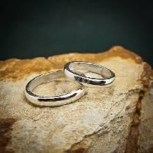 ชุดแหวนคู่รัก แหวนเงินคู่ หวนเงินเกลี้ยง หน้าโค้ง หน้ากว้าง 3 มิล