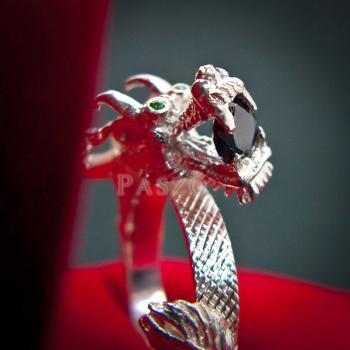 แหวนมังกร แหวนมังกร ตาฝังพลอมรกต #3
