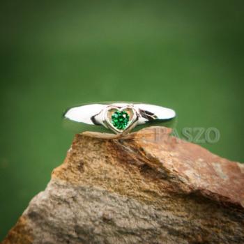 แหวนพลอยสีเขียว แหวนเงิน แหวนรูปหัวใจ #4