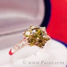 แหวนเงินฝังพลอย เป็นรูปดอกไม้ พลอยเขียวส่อง สีเขียวใบไม้แก่ ตัวแหวนเงิน92.5