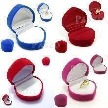 กล่องใส่แหวน รูปหัวใจ กล่องกำมะหยี่
