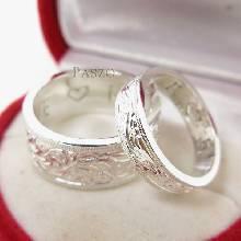 แหวนเงินคู่รัก แหวนเกลี้ยงขอบตรง แกะลายไทยรอบวงไร้รอยต่อ แหวนเเกลี้ยงเงินแท้