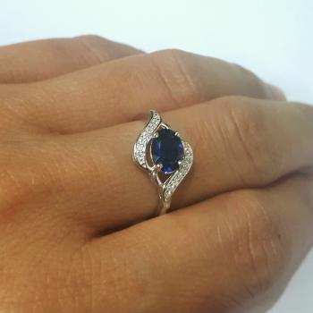 แหวนพลอยไพลิน ล้อมเพชร แหวนเงิน #6