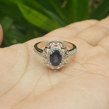 แหวนไพลิน ชุดตะวันฉาย ล้อมเพชร #6