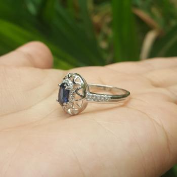 แหวนไพลิน ชุดตะวันฉาย ล้อมเพชร #7