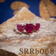 แหวนทับทิม แหวนหัวใจ พลอยสามเม็ด แหวนพลอยสีแดง แหวนเงิน