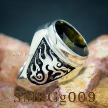แหวนมังกร แหวนพลอยเขียวส่อง แหวนผู้ชายเงินแท้ แกะสลักมังกร แหวนเงิน รมดำ