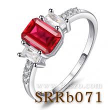 แหวนพลอยทับทิม พลอยสี่เหลี่ยม ประดับเพชร แหวนเงินแท้