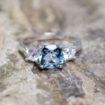 แหวนพลอยอะความารีน เม็ดสี่เหลี่ยม ประดับเพชร #7