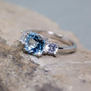 แหวนพลอยอะความารีน เม็ดสี่เหลี่ยม ประดับเพชร #8