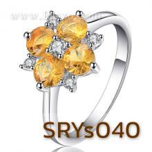 แหวนพลอยบุษราคัม แหวนดอกไม้ ประดับเพชร แหวนเงินแท้ พลอยสีเหลือง