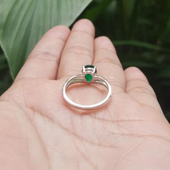 แหวนพลอยมรกต พลอยทรงหยดน้ำ ประดับเพชร #7