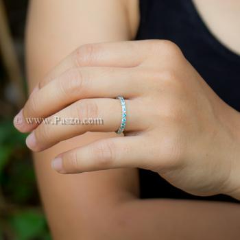 แหวนพลอยสีฟ้า ฝังพลอยเกือบรอบวง แหวนเงินแท้ #2