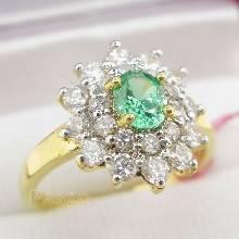 แหวนพลอยสีเขียว พลอยมรกต ล้อมเพชร แหวนทองชุบ