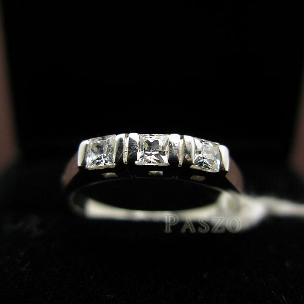แหวนเงินแท้ แหวนเพชร เม็ดสี่เหลี่ยม #2