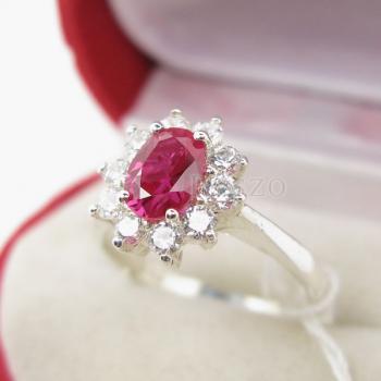 แหวนทับทิม พลอยสีแดง ล้อมเพชร #2