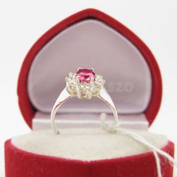 แหวนทับทิม พลอยสีแดง ล้อมเพชร #5