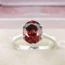 แหวนพลอยโกเมน สีส้มอมแดง เม็ดเดียว ตัวแหวนเงินแท้ 925