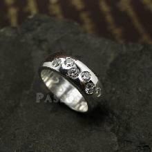 แหวนเพชร แหวนเกลี้ยง 6เม็ด แหวนเงินฝังเพชร