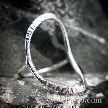 แหวนเงิน ดีไซน์นำแฟชั่น แหวนเงินแท้ 925