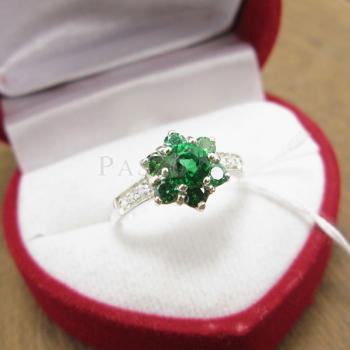 แหวนพลอยมรกต ประดับเพชร แหวนเงินแท้925 #2