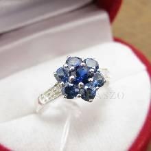 แหวนพลอยไพลิน พลอยสีน้ำเงิน บ่าแหวนฝังเพชรแถว ตัวแหวนเงินแท้925